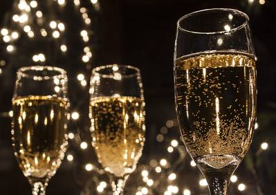 CAP D'ANY I VINS EN FRED