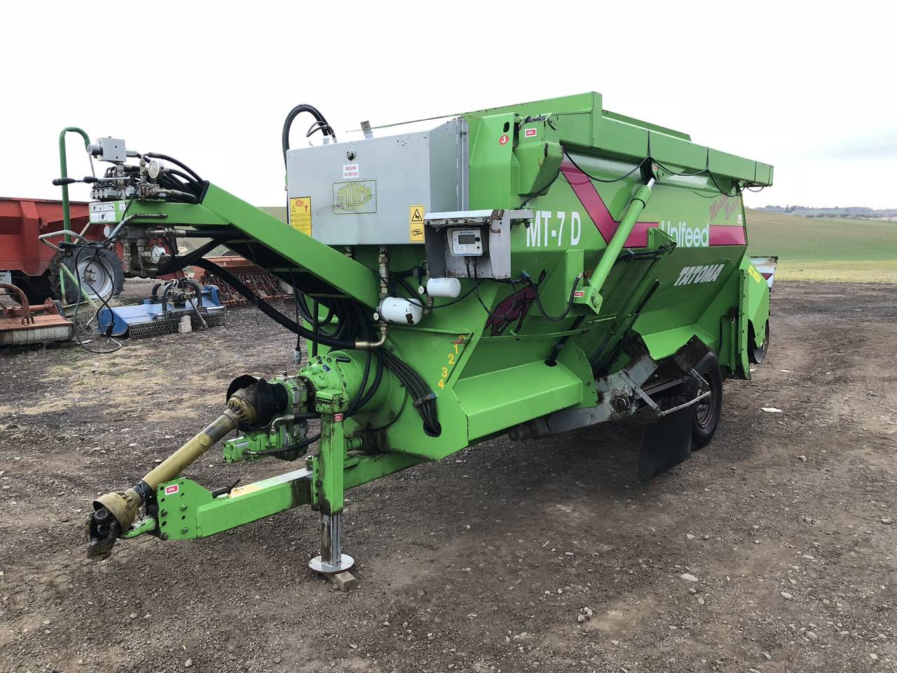 D960 Unifeed Tatoma MT-7D