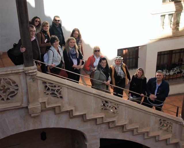 Expertos europeos en turismo idiomático visitan la Escuela de Turismo