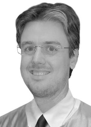 Dr. Gustavo Klein