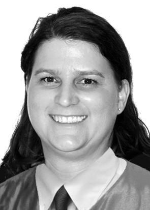 Dra. Veronika Dercsar