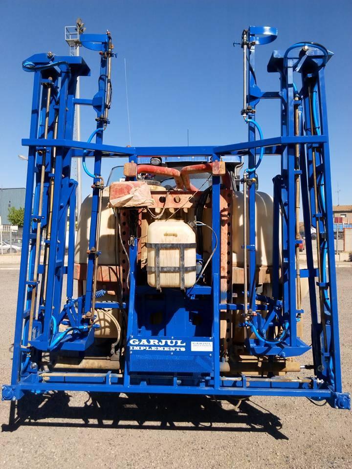 Modificació de braços reforçats de 18 metres per ensufatadora.