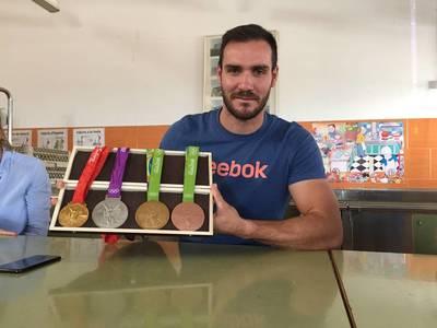 Visita del campió olímpic Saul Craviotto
