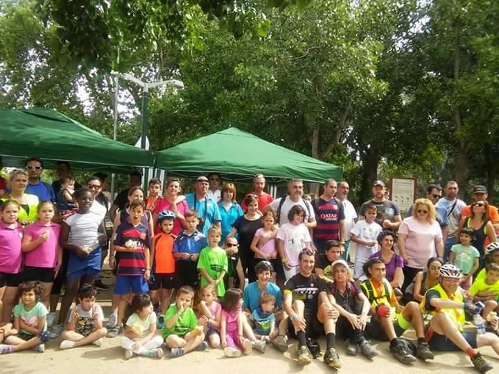 """""""Les escoles del Secà fent una bicicletada per Lleida"""""""