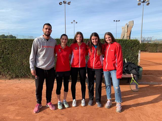 Female team of the junior championship in Catalonia
