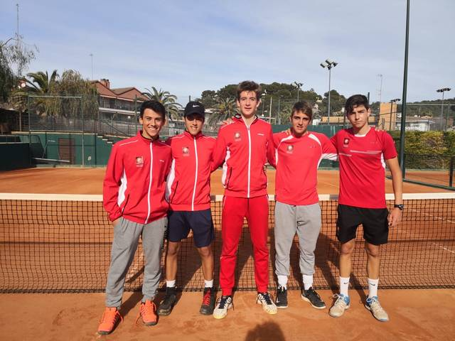 Men's team of the junior championship in Catalonia