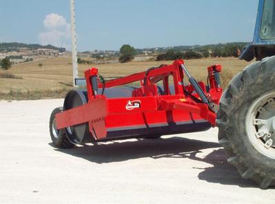 Truck roller