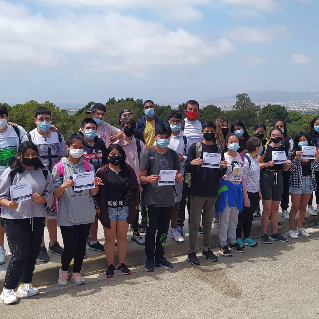 14km a peu, la participació de 3r d'ESO per a la cursa solidària.