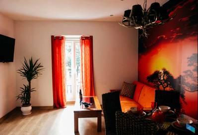 """""""Un lugar para relajarte"""" Art Suite Santander"""