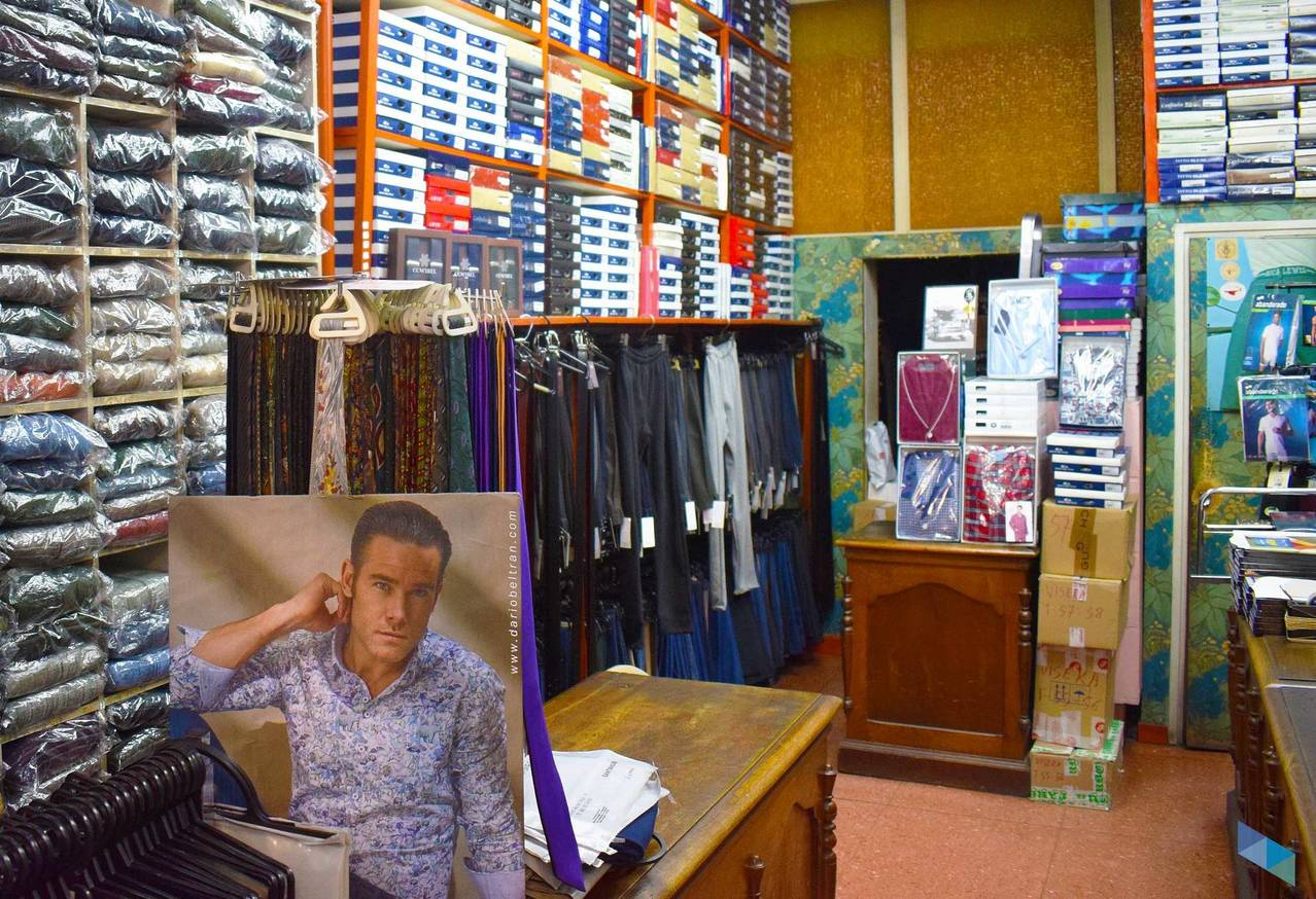 """The Store with the Most Men's Stock in Santander"" Arenal"
