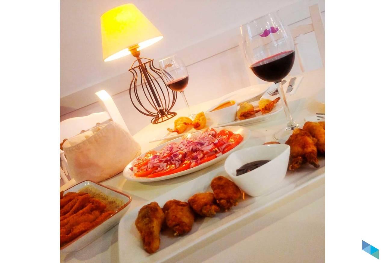 """""""Picoteo Tal cual, en el mejor ambiente"""" Restaurante Tal Cual"""