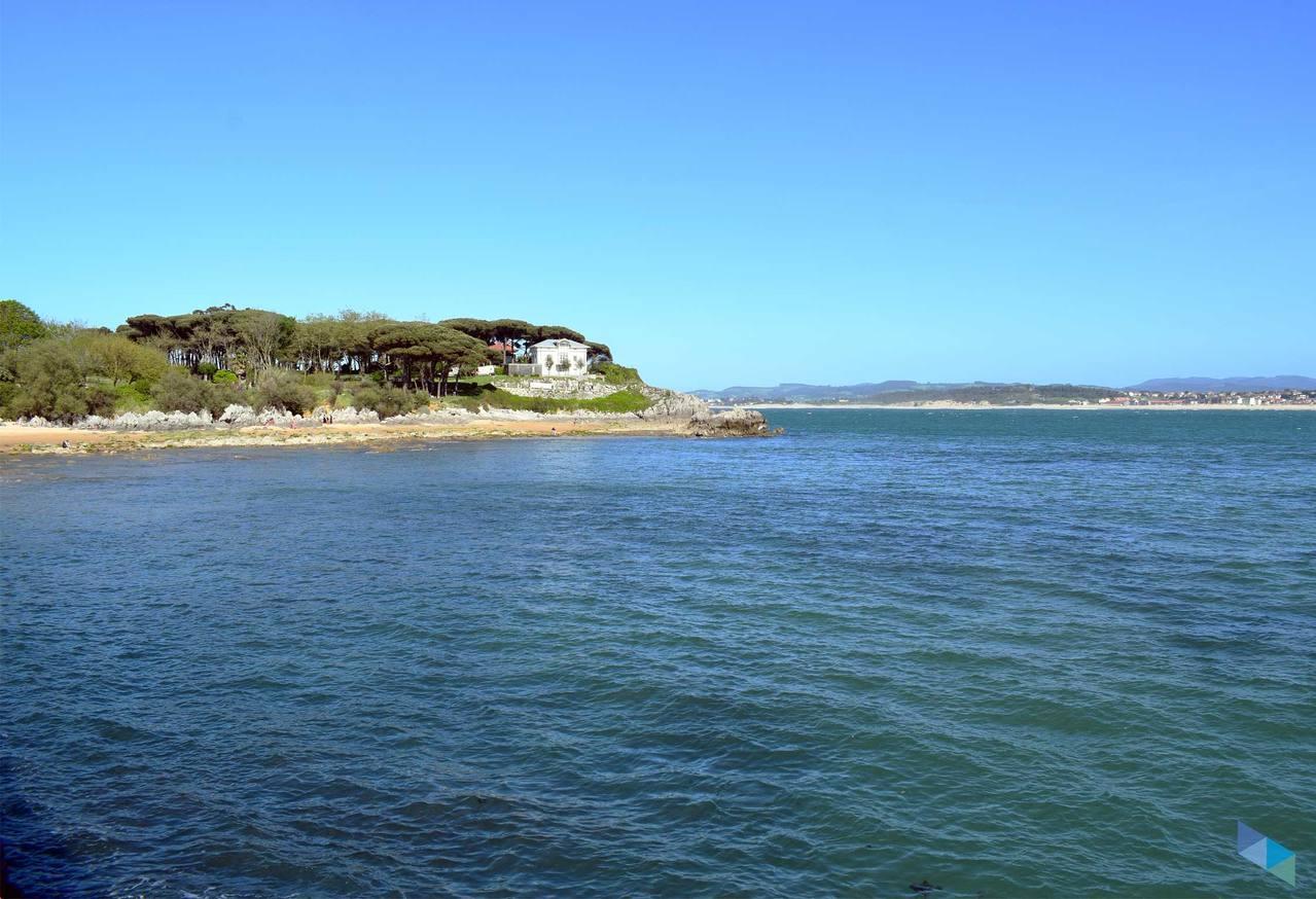 3850f79ba300 Bikini Beach - Santander