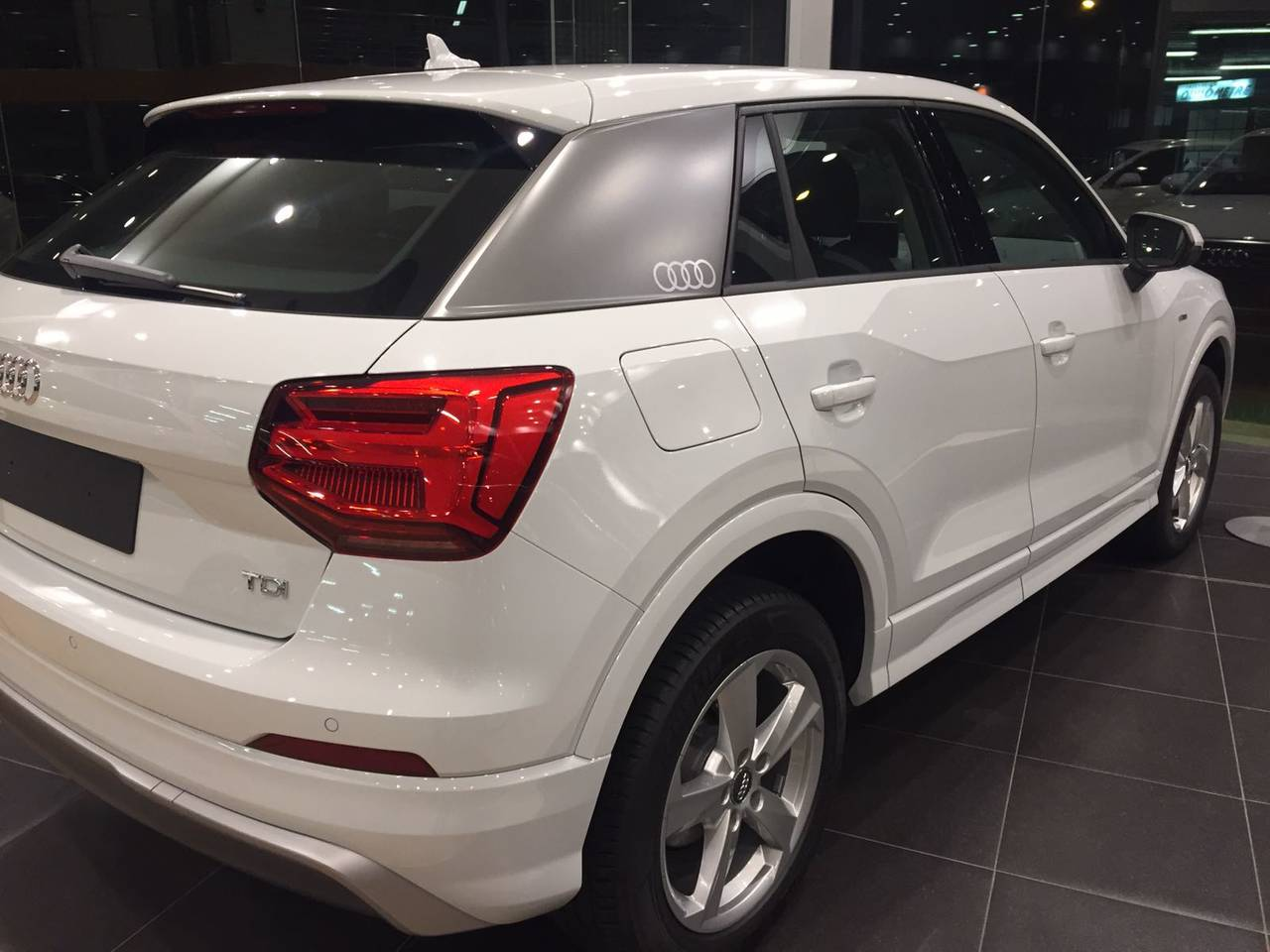 AUDI Q2 LAUNCH EDITION 1.6 TDI 116 CV  4 X 2