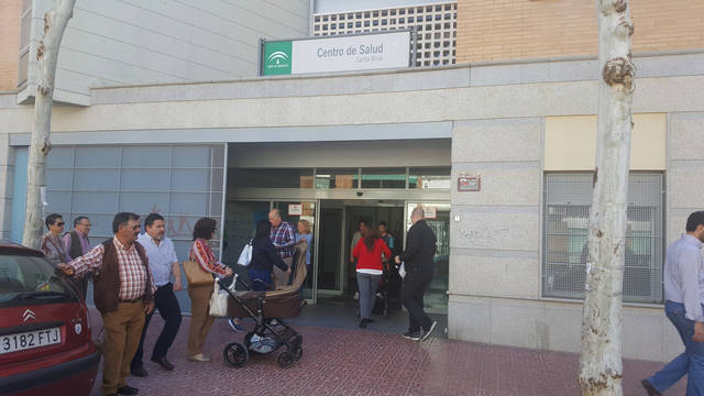 La asociación vecinal Valdeolleros denuncia la saturación de la atención primaria en Santa Rosa