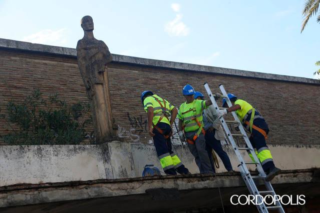 18 años después de su cierre, arranca la demolición del Pabellón de la Juventud