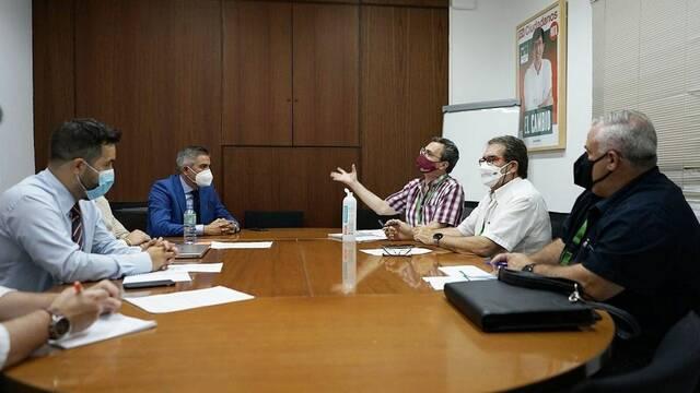 El CMC y Al-Zahara piden que la nueva ley de urbanismo permita a más parcelaciones tener servicios básicos