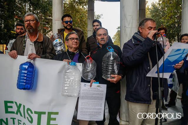 Las asociaciones vecinales piden al Ayuntamiento que destine el 20% del presupuesto a la periferia