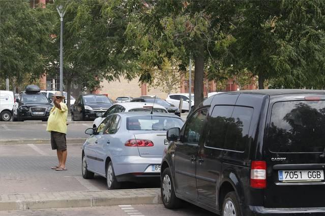 Los vecinos aceptarán el parking para residentes solo si es gratuito