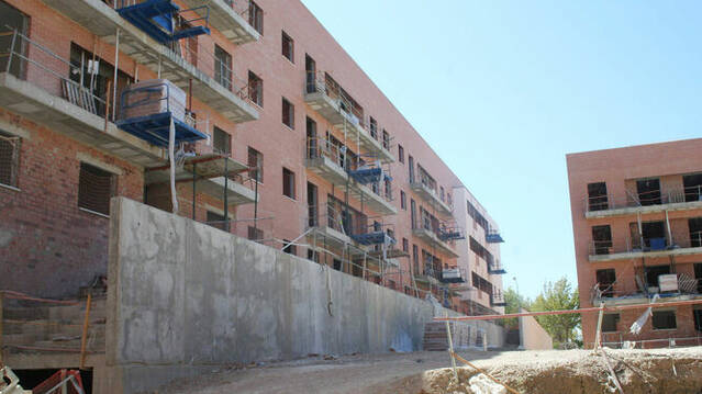 Los vecinos del Campo de la Verdad de Córdoba piden que las VPO de la Acera de Granada sean con opción a compra
