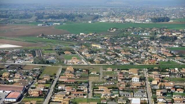 Los vecinos piden que la nueva ley urbanística no deje fuera a los 50.000 cordobeses que viven en parcelaciones ilegales