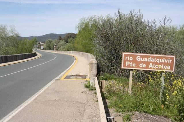 Santa Cruz y Alcolea: estas son sus demandas para el gobierno municipal que salga del 26M