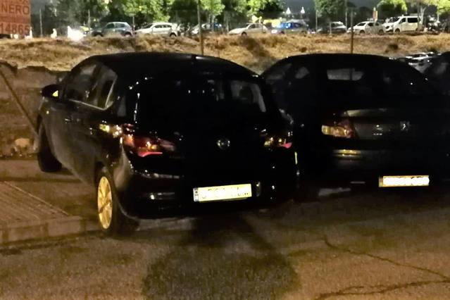 Vecinos denuncian que los coches volvieron a tomar el Campo de la Verdad durante la Magna
