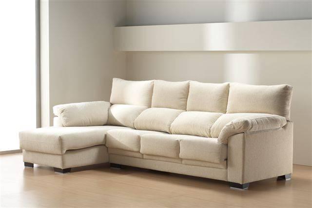 Sofá con chaise-longue