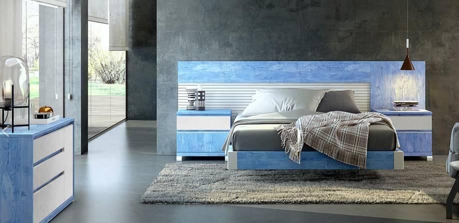 Dormitori amb còmoda