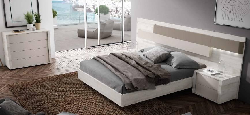 Dormitori modern amb llum