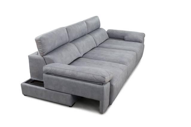 Sofà amb seients lliscants des de terra