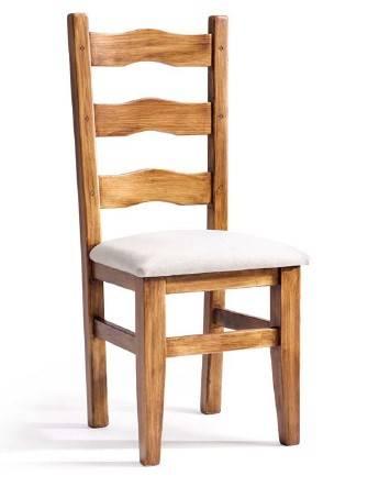 Cadira rústica de fusta de pi