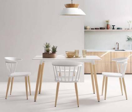Taula i cadires cuina