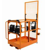 Carretilla retractile de gran elevación con opción de cabina oscilante para manipulación de cargas pesadas