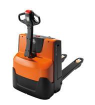 Transpaleta eléctrica con conductor a pie para transporte horizontal y recogida pedidos