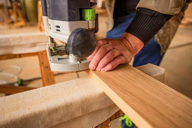 Cantear madera: el trabajo decorativo y protector para tableros de madera