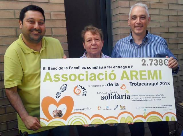 La caragolada solidària i la Trotacaragol recapten 2.738 euros per l'Aremi