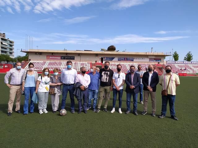 La Fecoll cedeix un caragol gegant a Lleida que lluirà al camp municipal Ramon Farrús, a Cappont