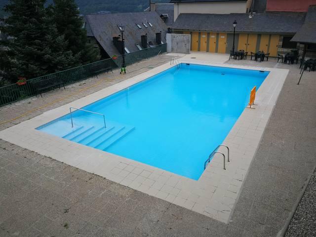 Aguest ostiu era piscina deth pòble de Gausac demorarà barrada ath public