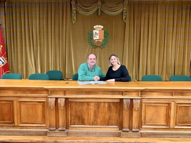 Er Ajuntament de Vielha e Mijaran signe un convèni damb era AMPA dera Escòla Garona e damb er Institut d'Aran entà subvencionar era crompa de nau equipament informatic
