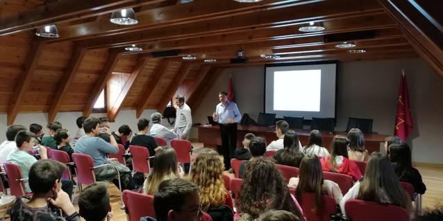 Escolans der IES de Maçanet de la Selva visiten era Val d'Aran