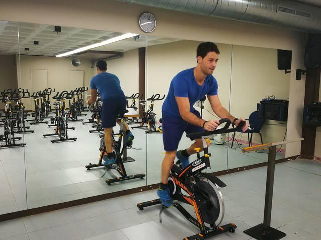 Eth Palai de Gèu de Vielha renauís es biciclètes de spinning entàs activitats dirigides