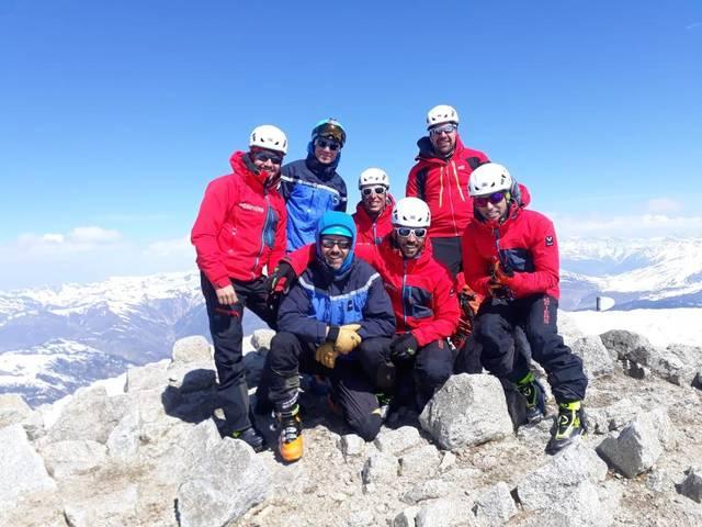 Practica de montanha des Pompièrs d'Aran amassa damb era Gendarmeria de Nauta Montanha