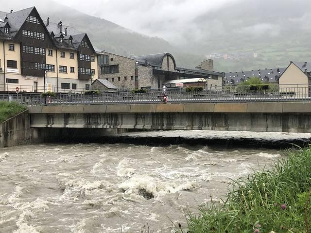 Prealèrta INUNCAT per aument de cabau der arriu Garona