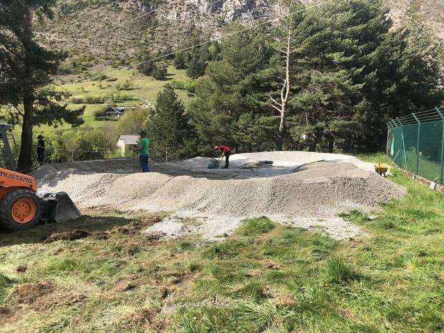 S'an començat es òbres deth nau Pump Track que s'installarà ena poblacion d'Arties