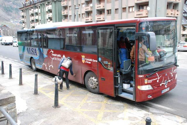 Vielha dispausarà d'ua naua connexion internacionau dirècta en bus damb es ciutats de Toulouse, Montpellier, Nîmes e Lyon a compdar de noveme