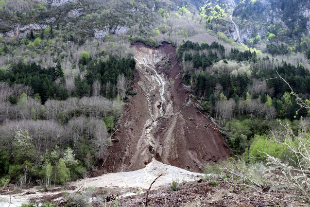 Visita dera Confederacion Idrografica der Ebre pera afectacion dera Garona