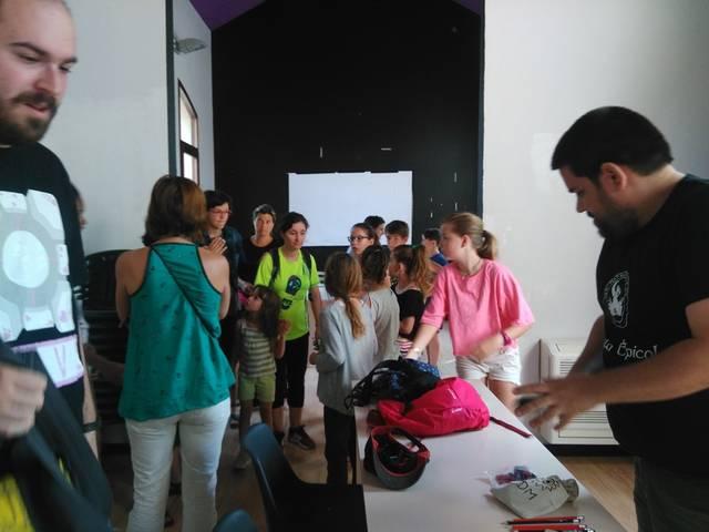 """7lletres organitza """"Jocs de rol negres per a infants"""" a Sant Guim de Freixenet"""