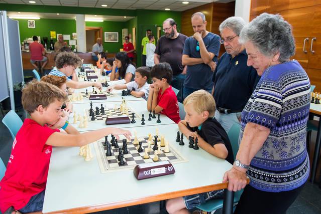 Bona participació al V Torneig escolar d'escacs Ciutat de Cervera