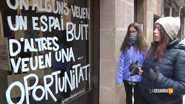 Cervera revitalitza el carrer Major amb intervencions artístiques