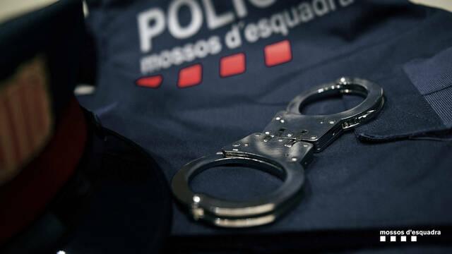 Detenen quatre persones a Cervera per tres robatoris amb força en deixalleries de Guissona i Tàrrega